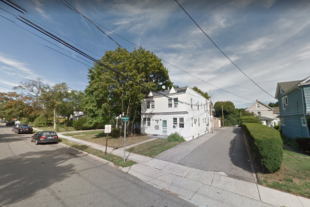 4 Unit Apartment Complex – Roslyn Heights